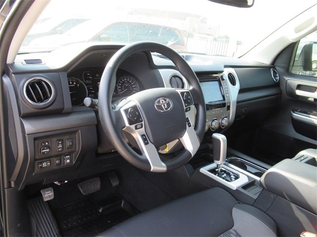 Pre-Owned 2018 Toyota Tundra 4WD SR5